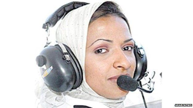 Hanadi Al-Hindi, 35 - 1st Saudi Licenced Airline Pilot 001