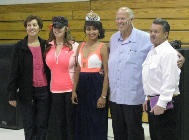 Mayor Skinner with Miss Columbus 2014 and Event Organizers - Cropped