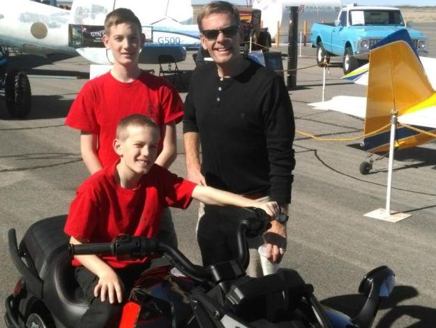 El Paso's ABC TV Weatherman, Dave Speelman and His Boys at Event 005