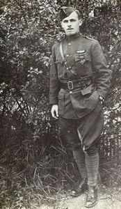 Lt. Arthur Coyle in France 1917 - 001