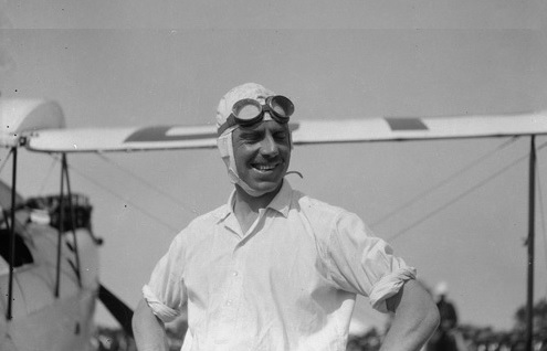 Captain Sir Geoffrey De Havilland in Perth, Austraila 1929(cropped-corr)