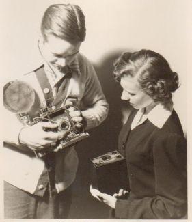 1948-Leonard & photo student