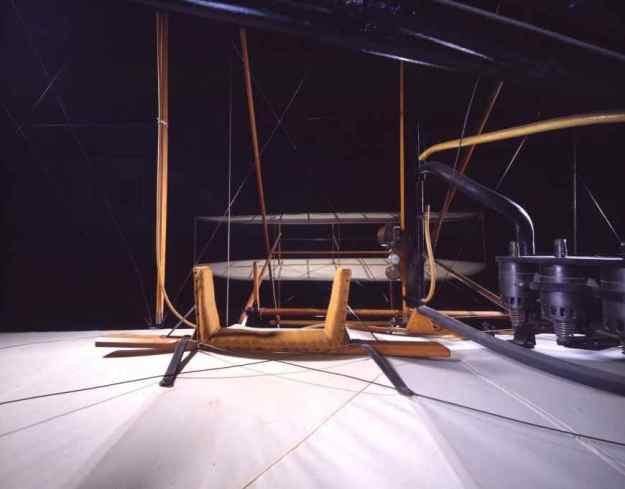001 - 1903 - Wright Bros