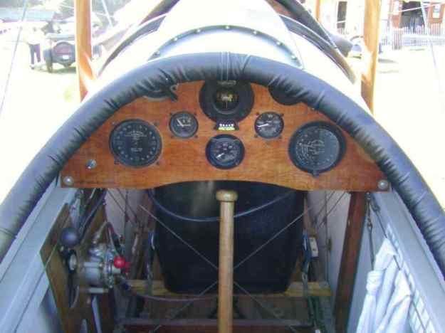 1916 - 17 - Jenny JN-4 Cockpit.