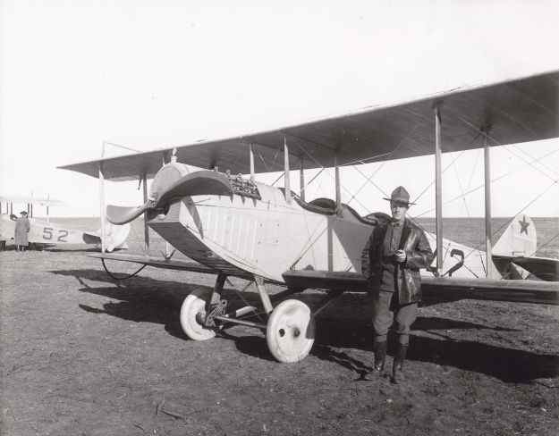 Capt. Ben Foulois by his J-3 Jenny in Columbus 1916