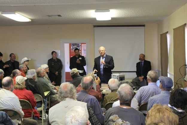Congressman Pearce addresses audience . . .