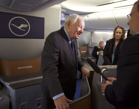 Joe Sutter interviewed on one of his new 747 Jumbo Jets