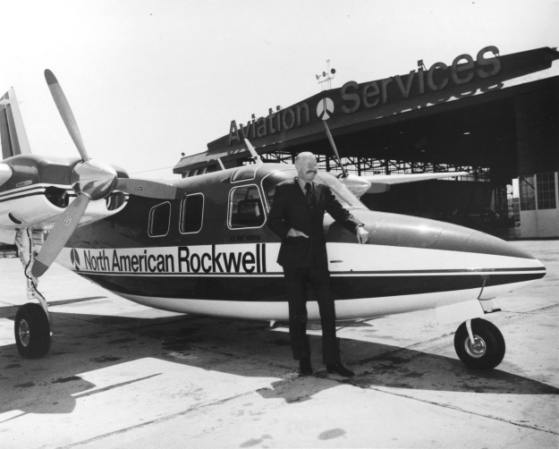 Hoover stand by his North American Rockwell Aero Commander Business Liner