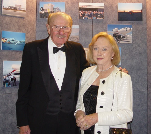 Bob and Coleen Hoover at 2003 Society of Experimental Test Pilots Annual Symposium